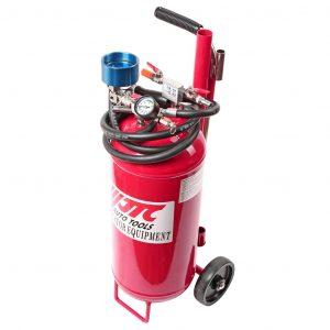 Устройство для откачки технических жидкостей, емкость бака 12л